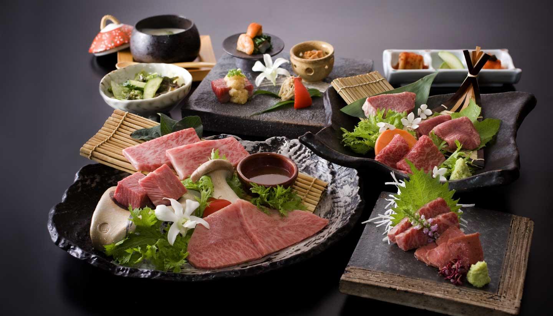 しゃぶしゃぶ・焼肉気分にあわせて選べるお肉のメニューも国分町店ならでは