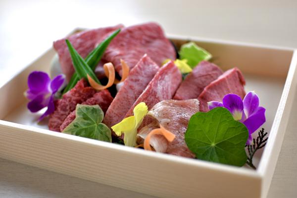 ●お肉:【KOTORAの玉手箱】